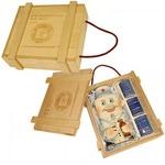 Подарочный набор в деревянном футляре. Медицинский запас (штоф Врач, 3 стопки)
