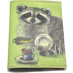 Кожаная обложка на паспорт. Енот