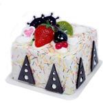 Подарочная копилка. Торт белый с шоколадными треугольниками
